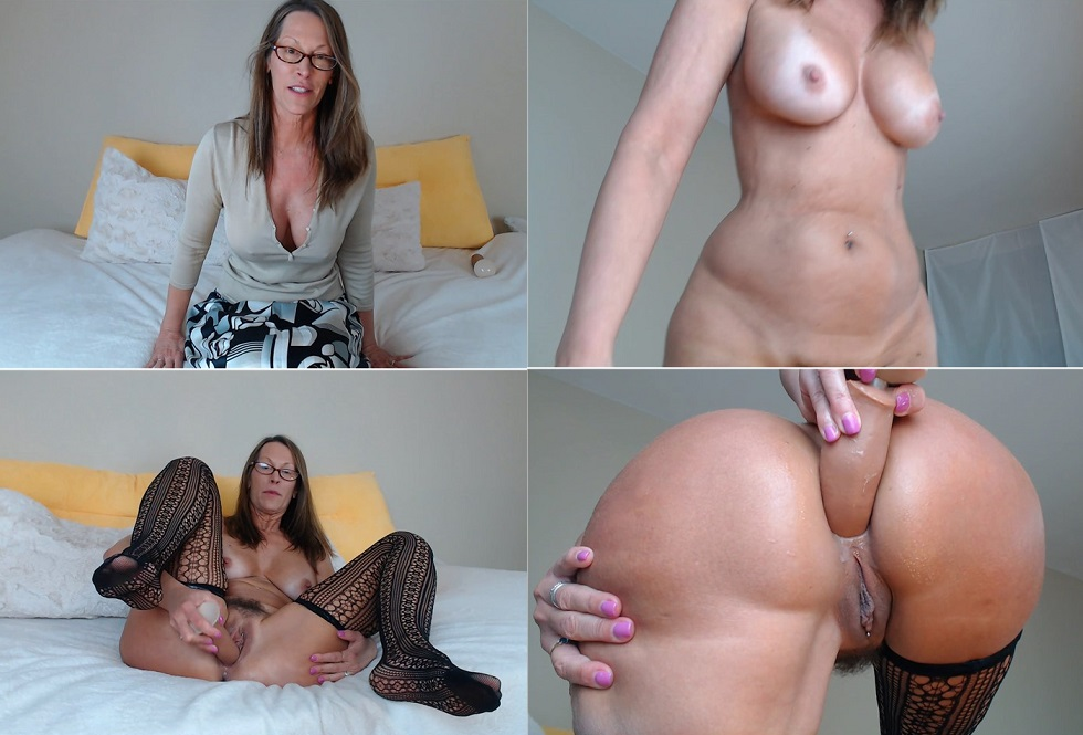 Excellent Sex Scenes In Bed With The Naked Step Mom