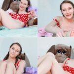 Princess Bambie – Step Sister Wakes Up to a Hard Cock HD [American / Avalon/Manyvids/Nov 13 2017]