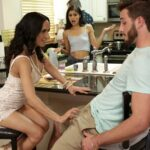 Katya Rodriguez, Tia Cyrus – Daughter share boyfriend with Mommy – Family Threesome, Big Ass SD [MomsTeachSex.com / Nubiles-Porn.com/2018]