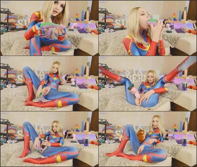 Webcam Manyvids Sia_Siberia - Captain Marvel tests new Bad Dragon toys