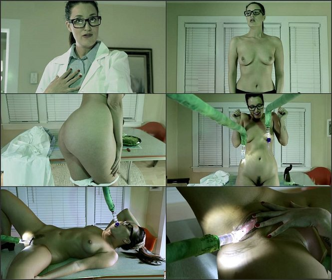 Kimberly Kane - Nerdy Scientist Get's Alien Probed - Aliens & Monsters Impregnation Fantasy