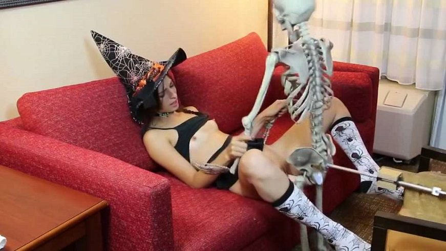 Kristine Kahill - Halloween Treat - Witch and Skeleton - fucking machines SD avi