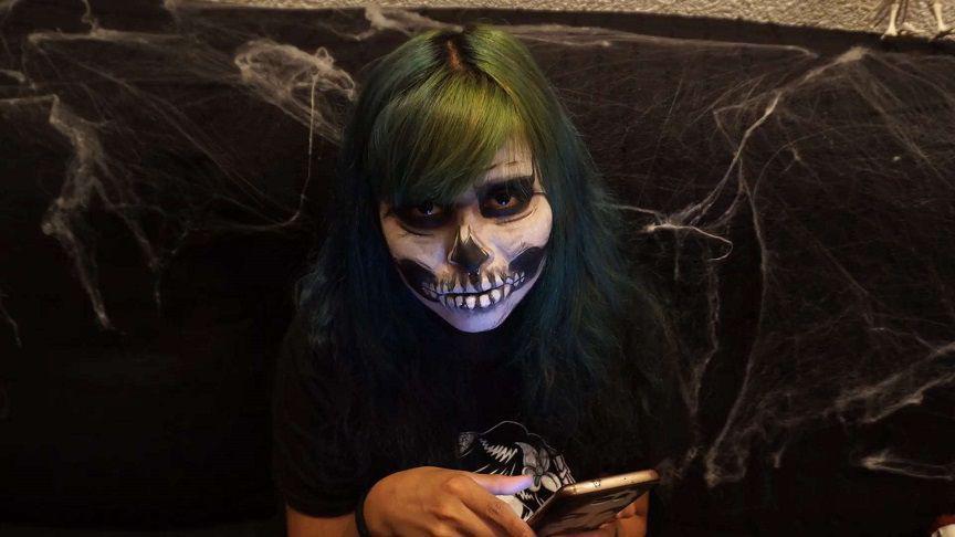 Christian Charity - Skelleton Blowjob for Halloween