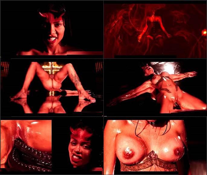 Hentaied - Canela Skin - Succubus Exorcism FullHD 1080p