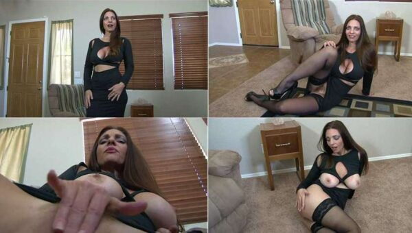 Step-Sister in Law Gets What She Wants - Mindi Mink's Playhouse FullHD 1080p