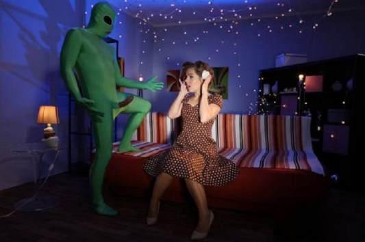 Sasha Zima - Mom gets probed on Halloween FullHD 1080p